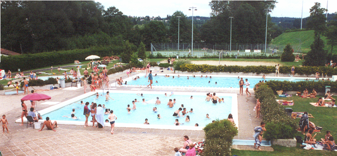 Piscines office de tourisme du haut lignon - Piscine de saint chamond ...
